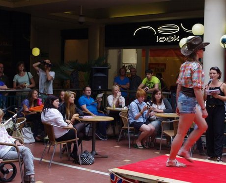 Winchester Fashion Shows Brooks Centre