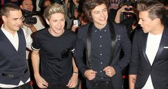 One Direction arrive on The X Factor USA