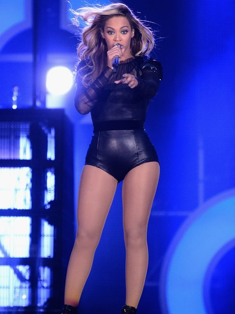 Beyonce at the Chime For Change concert