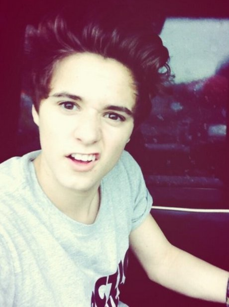 happybirthdaybradsimpson 20 brad selfies that will