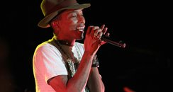 Pharrell Williams live