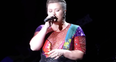 Kelly Clarkson Covers 'Blank Space'