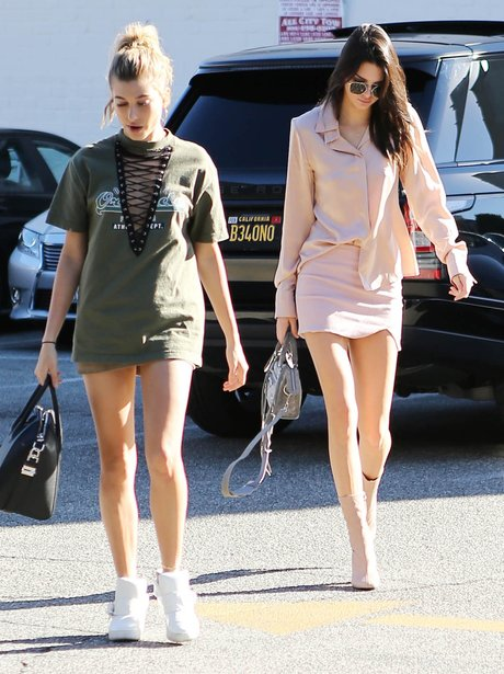 Hailey Balwdin and Kendall