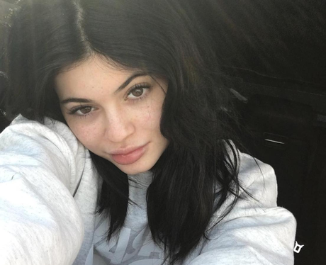 Kylie Jenner in no make up selfie