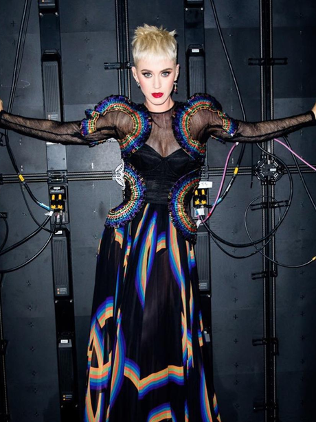 Katy Perry continues to tease Witness