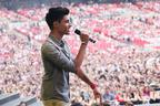 Image 9: summertime ball